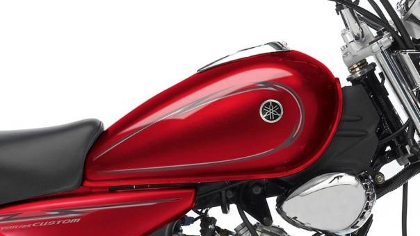 2013-Yamaha-YBR125-Custom-EU-Red-Spirit-Detail-001