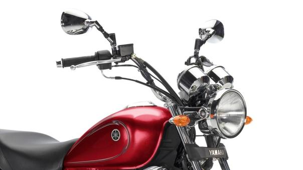 2013-Yamaha-YBR125-Custom-EU-Red-Spirit-Detail-004