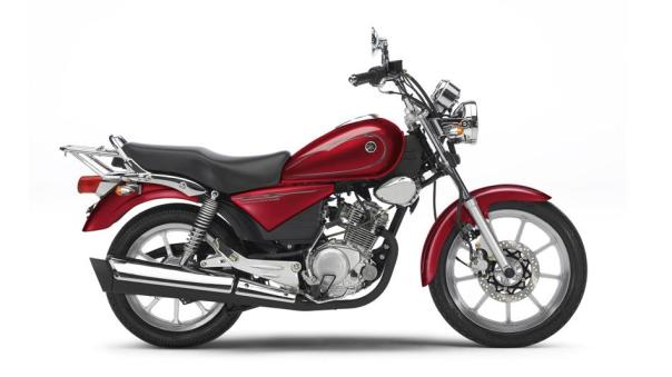 2013-Yamaha-YBR125-Custom-EU-Red-Spirit-Studio-002