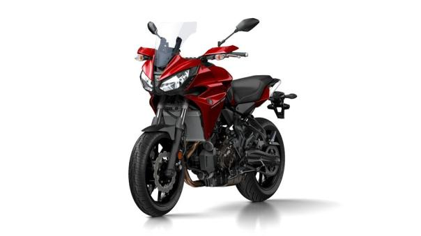 2016-Yamaha-MT07TR-EU-Radical-Red-VR360-028